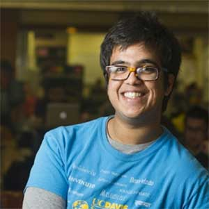 Man in T-shirt posing for camera UC Davis majors blog