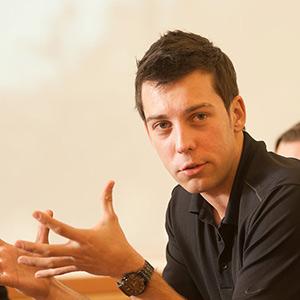 Artem Trotsyuk gesturing
