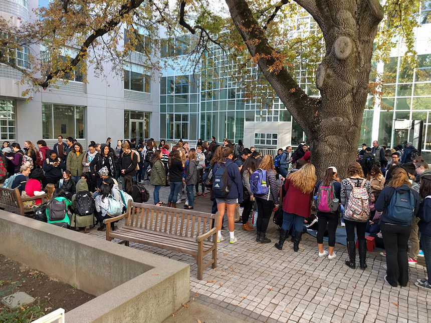 A crowd fills the Shields Library courtyard.