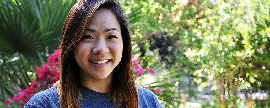 Portrait of Jennifer Youm in the UC Davis Arboretum